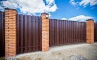 Фото автоматических откатных ворот в Истре