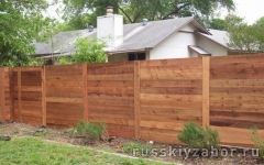 Красивый деревянный забор
