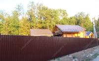 Забор из профлиста на металлических столбах