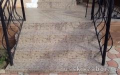 Укладка тротуарной плитки на лестницу